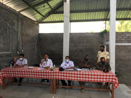 Kasi Trantib Pol.PP Kecamatan Bersama Staf laksanakan Sosialisasi Tentang Perlindungan Masyarakat